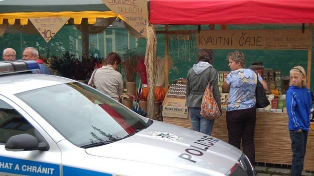 Během Chodských slavností budou v ulicích posílené policejní hlídky.