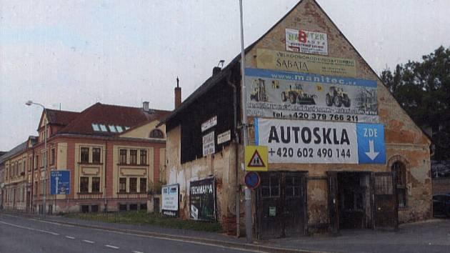 OBJEKT STARÉ HASIČÁRNY v Poděbradově ulici.