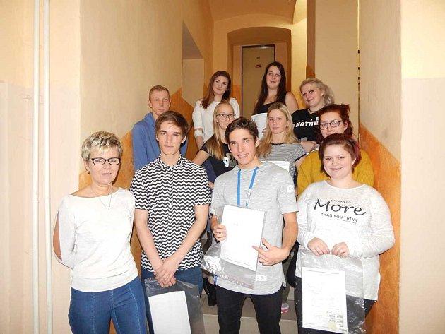 Letos v Horšovském Týně darovalo krev 42 studentů.