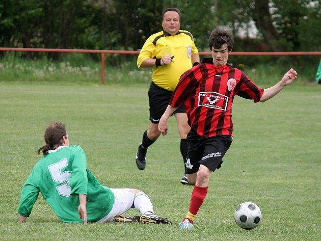 Velký fotbalový talent a také rebel Radek Paluch vstřelil v Chodském Újezdě první gól 1. FC Horšovský Týn.