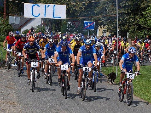 Cyklistický závod Brnířovská šlapka v Brnířově.