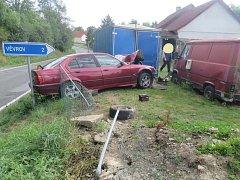 Mladý řidič havaroval v Borovici.