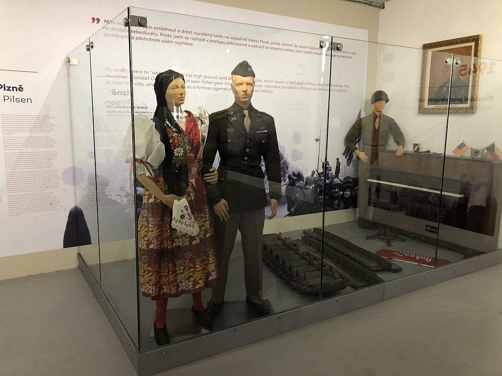 Chodský kroj je jedním z nejcennějších exponátů plzeňského Muzea generála Pattona.