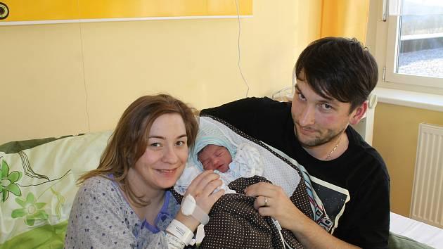 Leon Perlovský z Chodova se narodil v domažlické porodnici 6. ledna v 7:11 (2490 g, 45 cm).