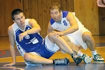 Z pohárového utkání basketbalistů Jiskry Domažlice s BK Kladno.