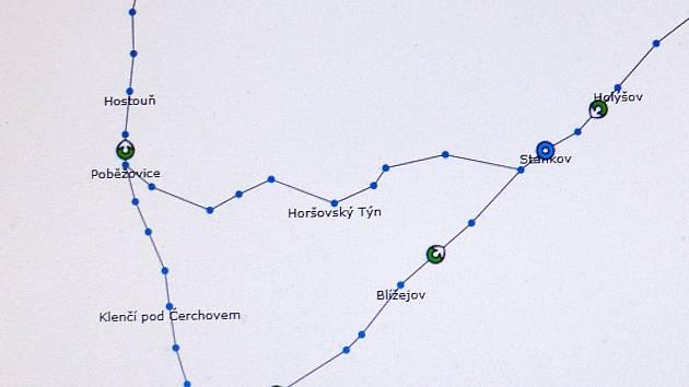 Na interaktivní mapě je možné sledovat pohyb vlaků. Zdroj: provoz.szdc.cz
