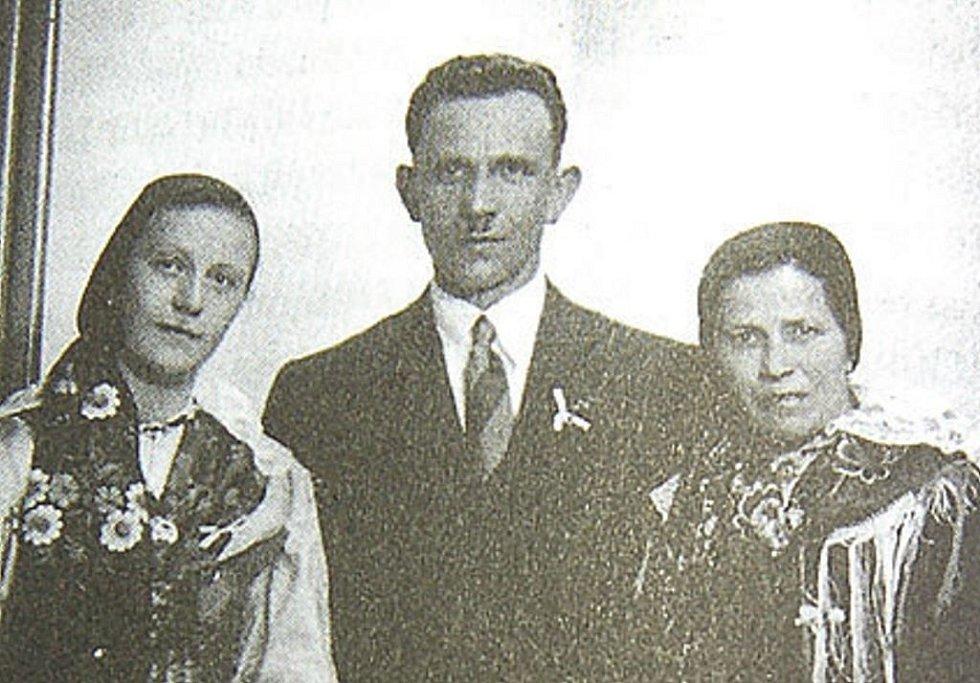 Rodina Jahnova z Postřekova.
