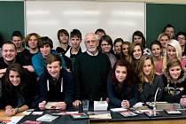 Studenti s Jiřím Stránským.