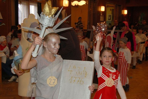 Dětský maškarní karneval ve Staňkově