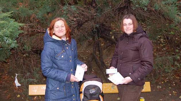 Pracovnice terénního programu na Domažlicku Klára Šalomonová a Klára Jrásková