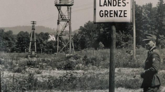 Z akce Po stopách železné opony a zaniklých obcí v hraničním pásmu Železná-Pleš.