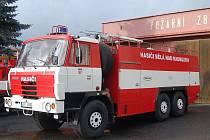 Hasičský cisternový vůz Tatra. Ilustrační foto.