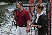 Koncert na vodě se vydařil. Spokojen mohl být ředitel MKS Kamil Jindřich i vedoucí Letních klarinetových kurzů Ludmila Peterková.