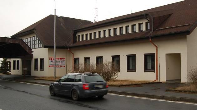 Bývalý hraniční přechod ve Všerubech.