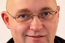 Staňkovský farář Wojciech Pelowski.