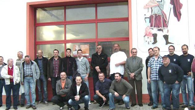 BRNÍŘOVŠTÍ A KLEINAIGENŠTÍ dobrovolní hasiči oslavili 25 let spolupráce