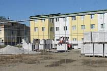 Stavba školky.