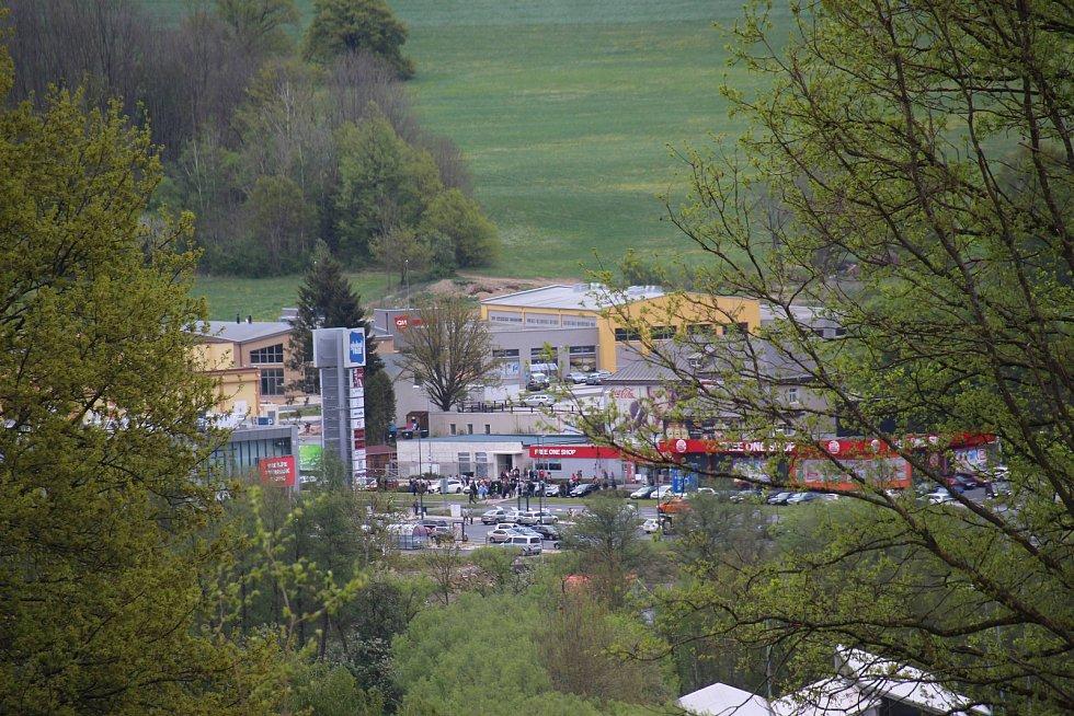 Petiční akce pendlerů v Schafbergu. Pohled na Folmavu. Foto: Karl Reitmeier