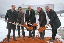 Zahájení výstavby nové haly v Evobusu Holýšov.