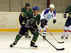 Hokejové derby v krajské soutěži mezi Staňkovem a Holýšovem B.