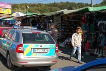 Policejní razie na folmavských tržnicích.