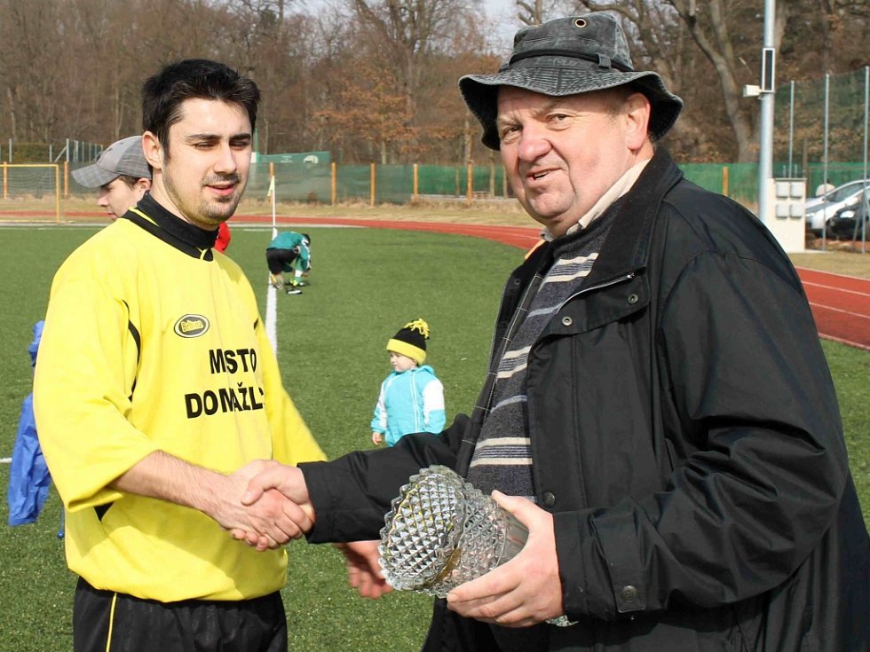 Z turnajového utkání Dynama HT A s Jiskrou Domažlice B.
