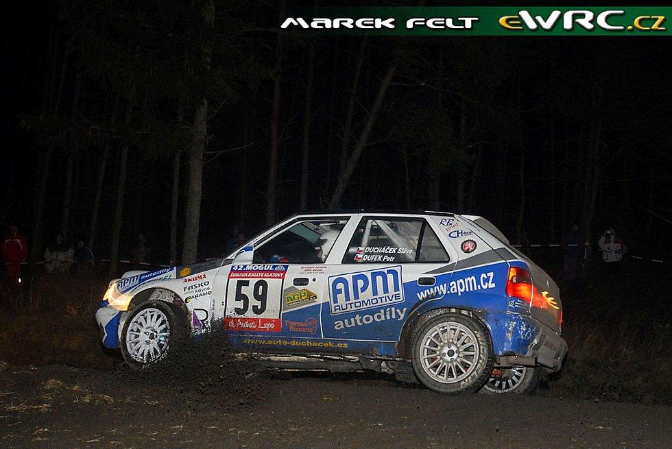 Petr Dufek se Slávou Ducháčkem na Rallye Šumava 2007 v Petrovo nejoblíbenějším závodním voze Škoda Felicia Kit Car.