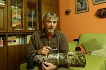 VLADIMÍR ČECH. V době vzniku rozhovoru měl ještě objektiv fotoaparátu zabezpečený proti nepříznivým vlivům na Helgolandu.