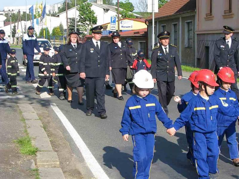 Oslavy svatého Floriána pořádali domažličtí hasiči už podevatenácté.