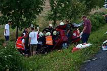 Na silnici I/26 mezi Draženovem a křižovatkou u Újezda vyhasl v pátek 27. srpna v 18.10 hodin život jednoho z účastníků nehody.