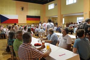 Proti kamionové dopravě založili ve Všerubech Česko-německou občanskou iniciativu.