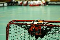 Kam za sportem? Tradičně na fotbal, ale také na basket i florbal.