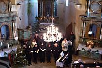 ČESKÁ MŠE VÁNOČNÍ zní v kostele sv. Václava v Hoře v podání profesionálů už tradičně.