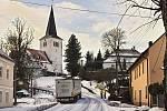 Sníh zkomplikoval dopravní situaci v Loučimi.