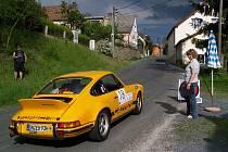 Tento čtvrtek a pátek uvidíme na Domažlicku opět účastníky Rallye Wiesbaden. Chybět nebudou ani vozy Porsche 911.