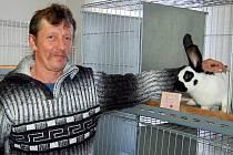 Svá zvířata nabízí k prodeji i Josef Klouda z Drahotína.