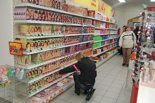 Po zdražení lidé při nákupech více přemýšlejí.