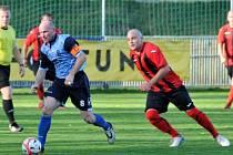 Fotbalisté Holýšova poprvé v sezoně vyhráli za tři body. Hattrickem se blýskl kapitán Černohorský.