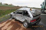 Nehoda na staňkovském obchvatu zablokovala provoz na hlavní silnici Plzeň – Domažlice.