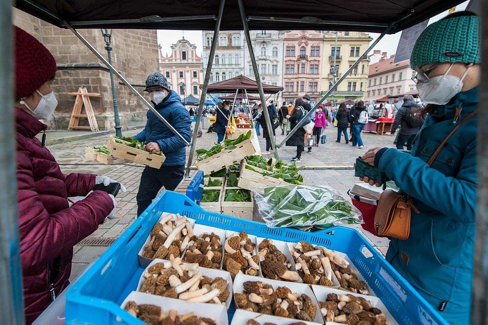 Pavel Sándor z Bělé nad Radbuzou vyrazil na farmářské trhy do Plzně společně s manželkou.