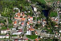 Letecký pohled na Poběžovice.