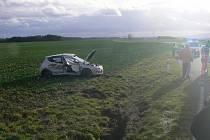 Nehoda na křižovatce u Semněvic.