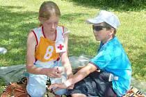 Z krajské soutěže hlídek mladých zdravotníků v Horšovském Týně.