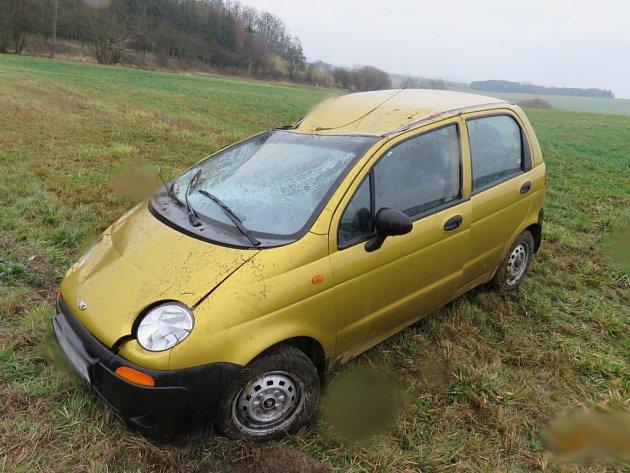 Nehoda vozu Daewoo u Nevolic.