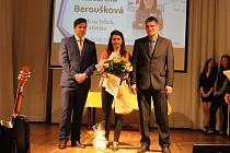 Česká reprezentantka v běhu na lyžích Kateřina Beroušková vyhrál anketu Sportovec Domažlicka za rok 2016. Postřekovská rodačka si úspěch zasloužila mimo jiné i za zisk dvou zlatých medailí na lednovém mistrovství republiky.