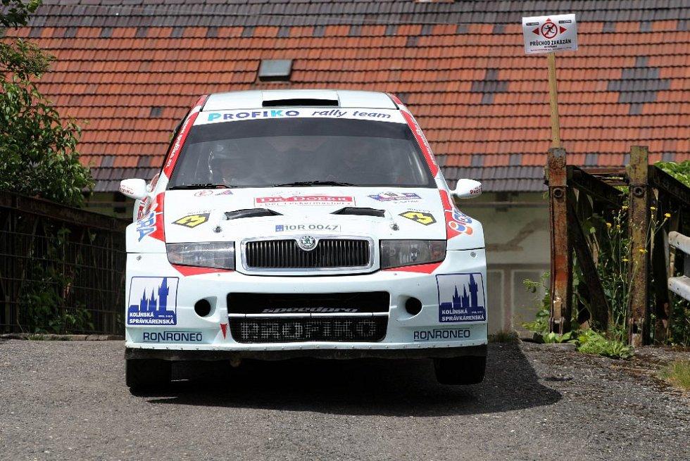 Karel Trněný navigován Václavem Pritzlem se Škodou Fabia WRC.