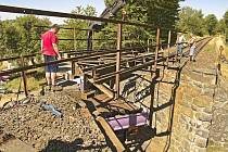Oprava mostu u Loučimi.