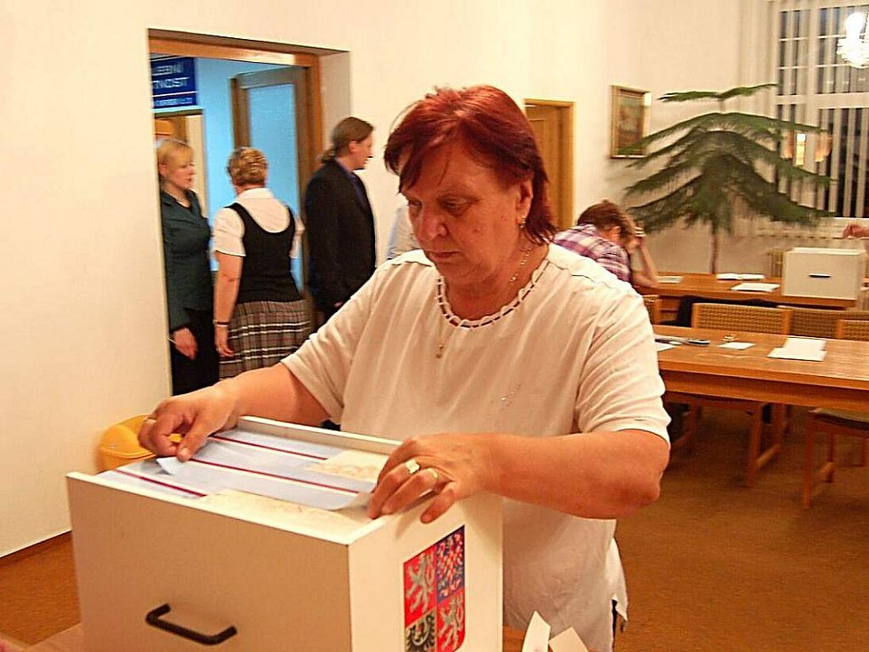 Z voleb v Bělé nad Radbuzou.