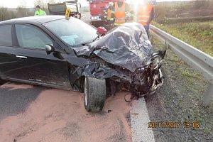 Dopravní nehoda na staňkovském obchvatu.
