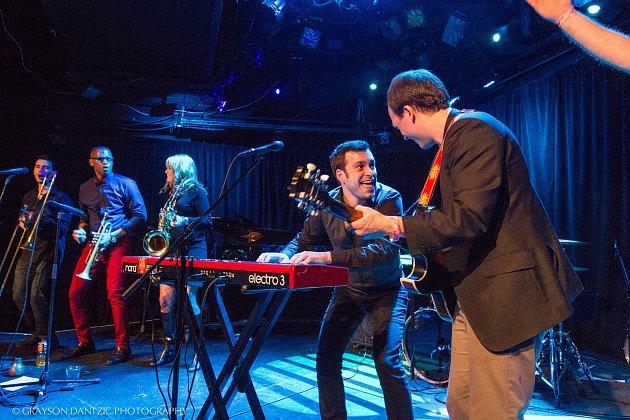 Kapela Nat Osborn band vystoupí v sobotu večer v Domažlicích v programu Bohemia Jazzfestu 2017.